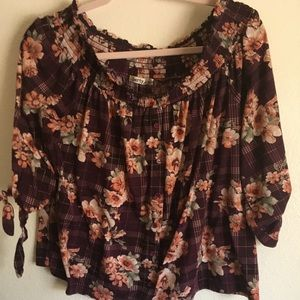 Floral off the shoulder 3/4 sleeve top